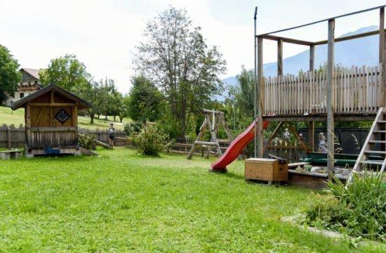loechlerhof-brixen-spielplatz (3)