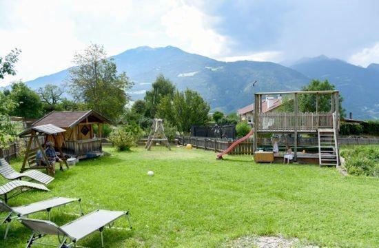 loechlerhof-brixen-spielplatz (6)